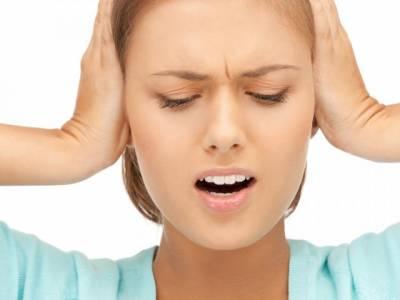 Tránh bị đau tai khi đi máy bay
