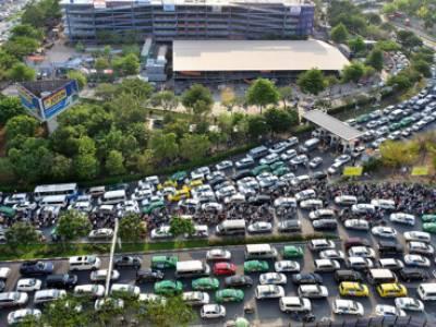 TP. HCM:Sau Tết Nguyên Đán mới làm cầu vượt vào sân bay